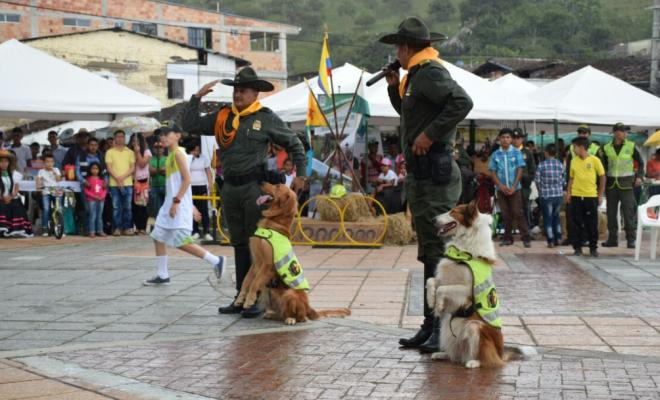 show-guias-caninos-ruta-carabinera